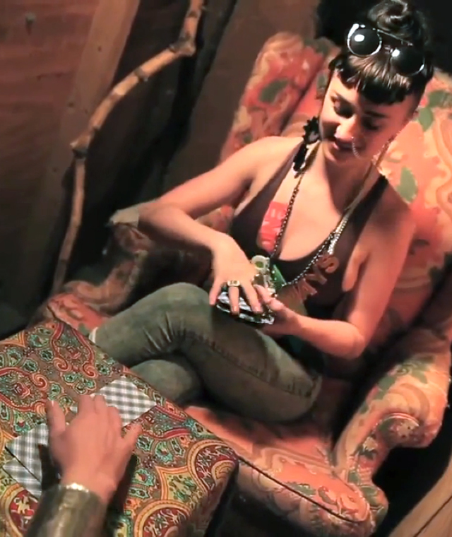 Nai Palm of Hiatus Kaiyote gets a Tarot reading for OKP TV's In The Cards