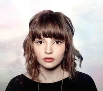 "CHVRCHES Covers Lorde's ""Team"" In Session At The BBC Radio 1 Live Lounge"