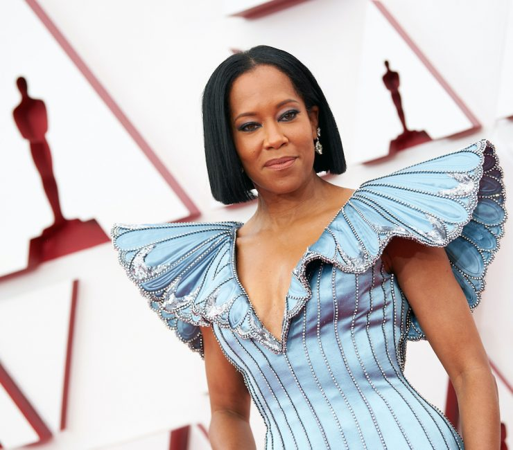 Regina King walks the red carpets at the 93rd annual Oscars.