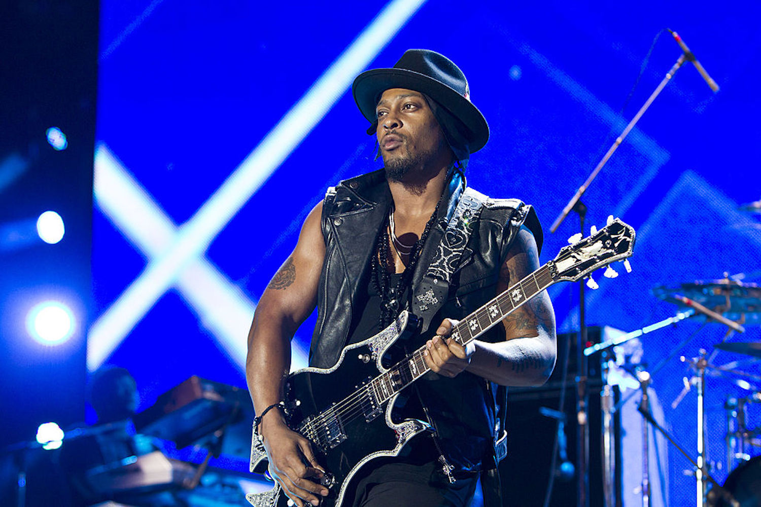 D'Angelo Is Performing Live...As Part Of A 'Red Dead Redemption 2' Concert